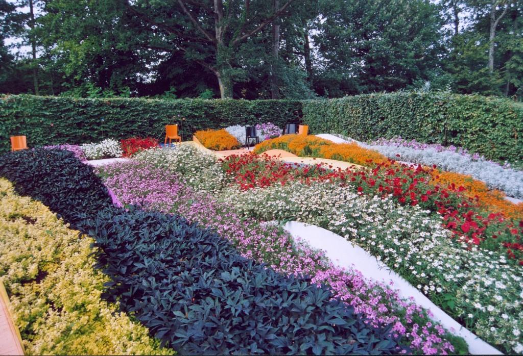 France_Loir-et-Cher_Festival_jardins_Chaumont-sur-Loire_21_Kaleidoscope_02-1024x698.jpg